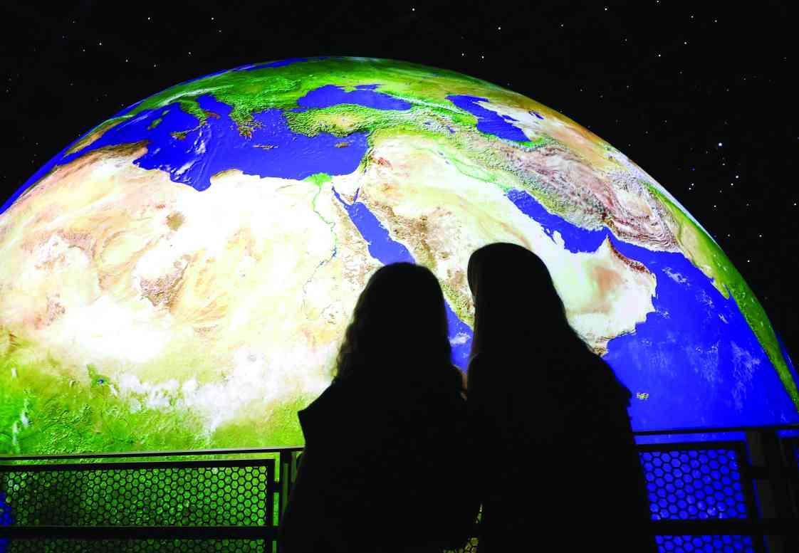 الصورة : » التنقل.. سر التواصل وحيوية الأرض