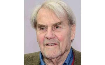 الصورة: الصورة: وفاة جيرد روجه أشهر مراسل بالتلفزيون الألماني