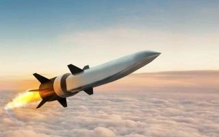 الولايات المتحدة تختبر مكونات صواريخ أسرع من الصوت